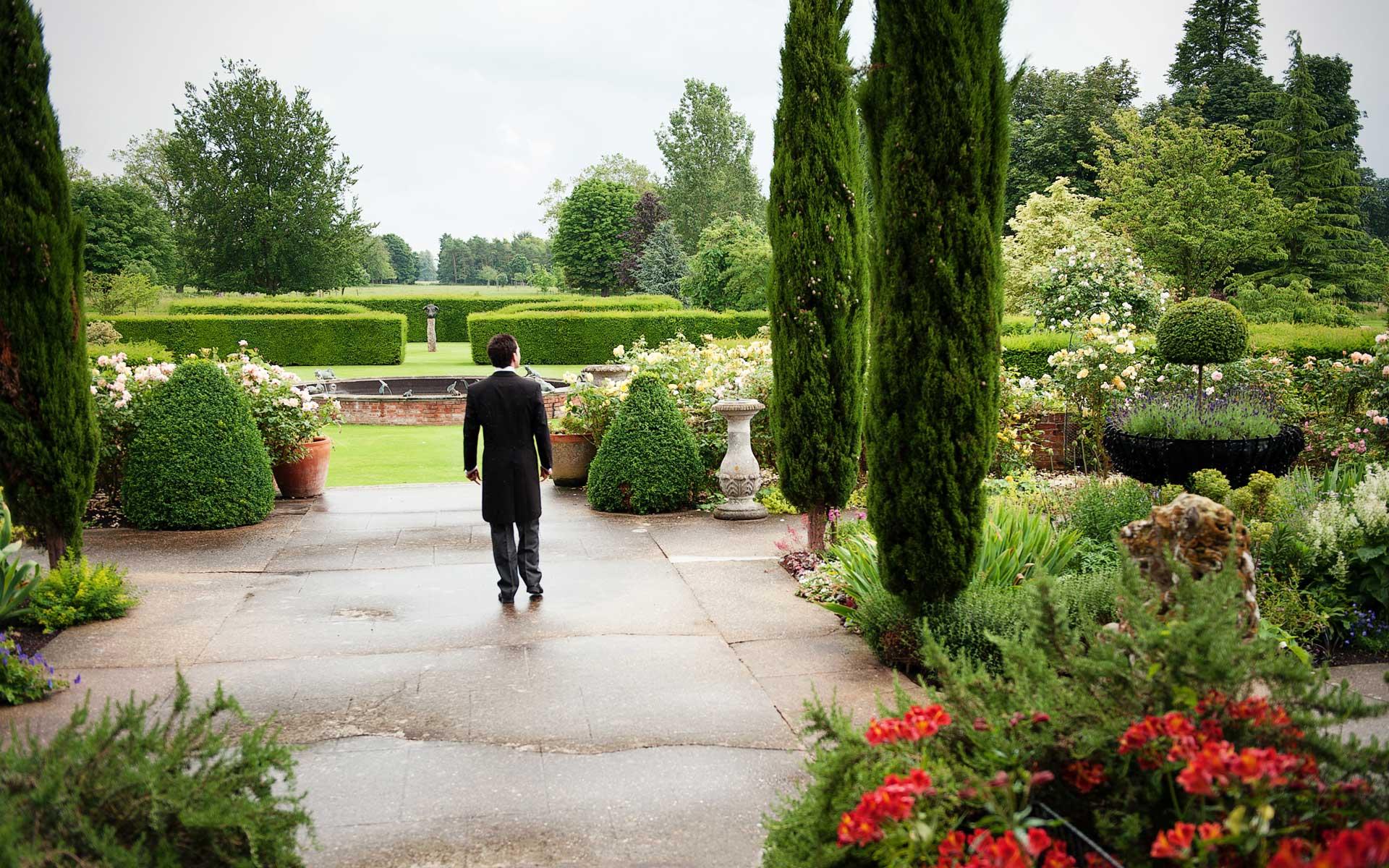 weddings chippenham park gardens. Black Bedroom Furniture Sets. Home Design Ideas